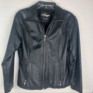 🎈SOLD🎈Wilsons Leather Black Maxima Fitted Jacket